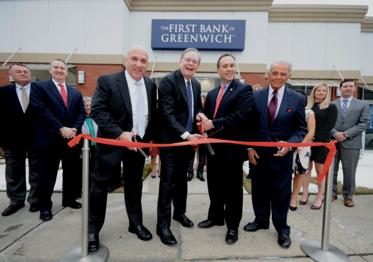 Mayor David Martin of Stamford, Greenwich First Selectman Peter Tesei, Bruno Gioffre from the First Bank of Greenwich's Board of Directors, and Frank Gaudio, President & Chief Executive Officer of the First Bank of Greenwich open the new Stamford location.